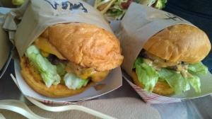 Burgers, Gott's, Roadside