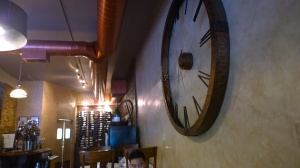 Mankas-Steakhouse-Clock-John-Gamboa