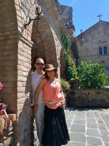 John Gamboa and his wife - nice pic in the courtyard of Castillo de Amorosa